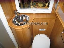 ... interne zona bagno e personalizzazioni camper  mapastore.com