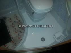 Modifiche interne zona bagno e personalizzazioni camper - Piatto doccia in vetroresina ...